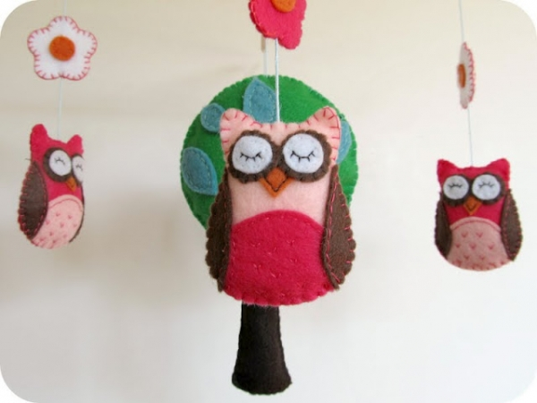 Owl Mobile Tutorial via lilblueboo.com