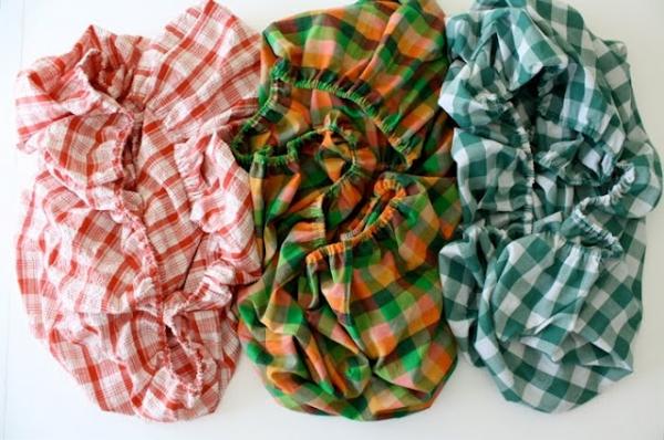 Toddler Sheets Tutorial via lilblueboo.com