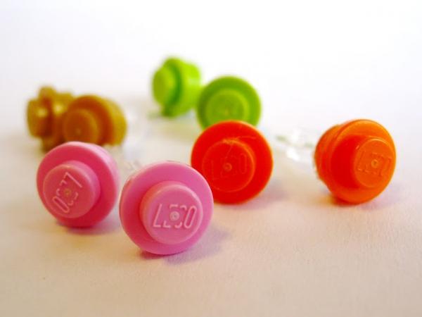 DIY Lego Stud Earrings via lilblueboo.com