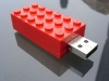 DIY Lego USB Stick via lilblueboo.com