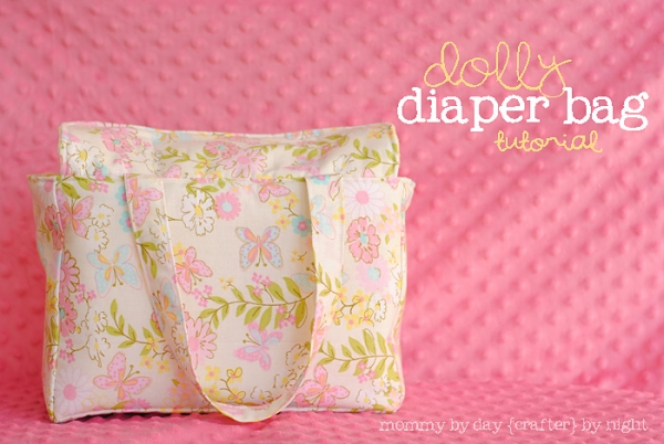 Dolly Diaper Bag Tutorial from Mommy by Day Crafter by Night via lilblueboo.com