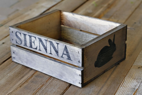 Easter Rustic Crate Tutorial via lilblueboo.com