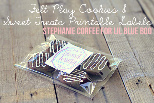 Felt Cookie Tutorial with free download via lilblueboo.com