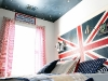 Union jack headboard and other boy's bedroom decor ideas via lilblueboo.com