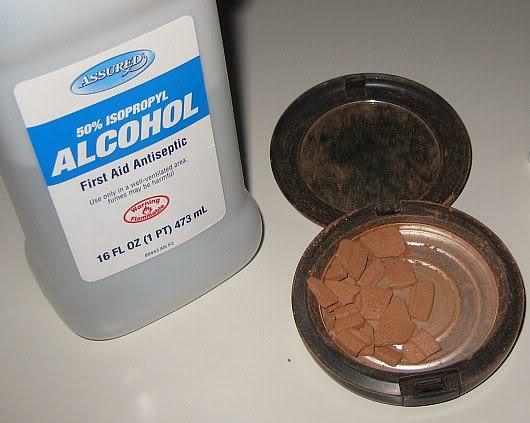 Random Household Tips: Fix your broken powder makeup at Katrina Lomidze via lilblueboo.com