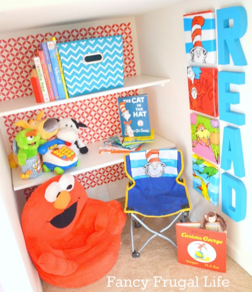 Reading Nook or Corner Space for Kids by via Fancy Frugal Life lilblueboo.com