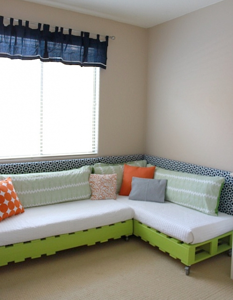Shared Bedroom Ideas for Kids: DIY Pallet Bed for Two at Project Nursery via lilblueboo.com