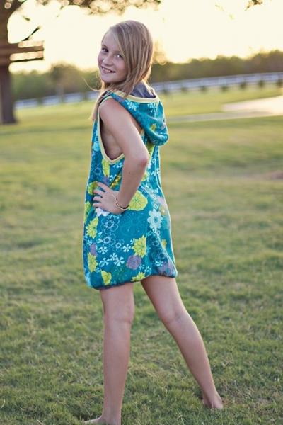 Summer Sewing Patterns: Reversible Bubble Hoodie Dress PDF Sewing Pattern via lilblueboo.com