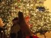 How to take photos of your Christmas tree at night via lilblueboo.com