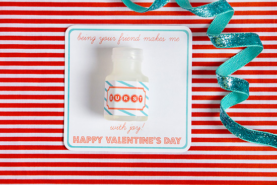 Bubble Valentine's Day card printable from Armelle Blog via lilblueboo.com