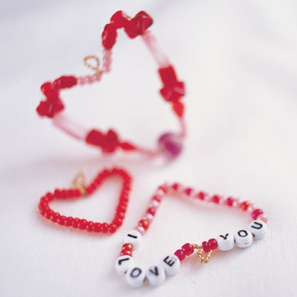 Beaded Heart DIY by Spoonful via lilblueboo.com