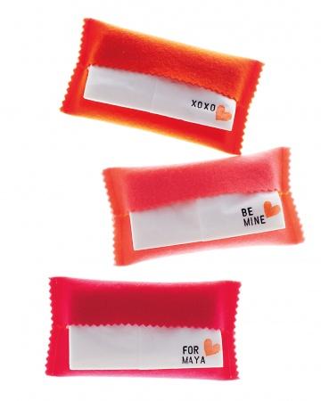 Felt tissue holder tutoria by Martha Stewart via lilblueboo.com