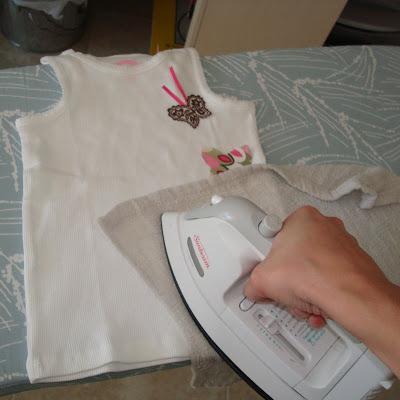 Applique Tutorial step 4 via lilblueboo.com