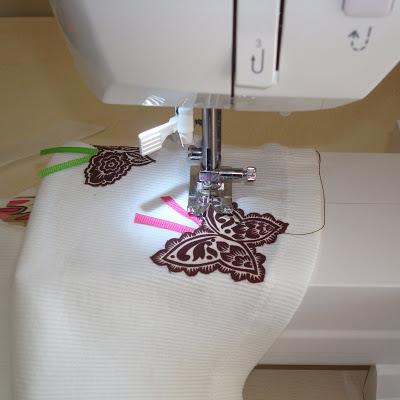 Applique Tutorial step 5 via lilblueboo.com