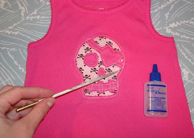 Reverse Applique Tutorial step 13 via lilblueboo.com