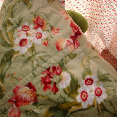 The Easiest, Softest, Cheapest Floor Pillows 2 Ever via lilblueboo.com