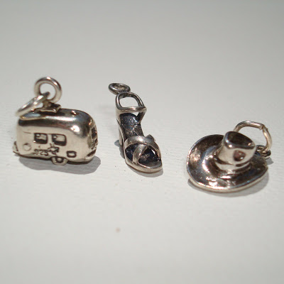 Vintage Charms and Trinkets 9 - Charm Giveaway II via lilblueboo.com