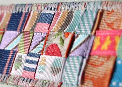 Scrap Ribbon Belt (A Tutorial) ribbon combination via lilblueboo.com
