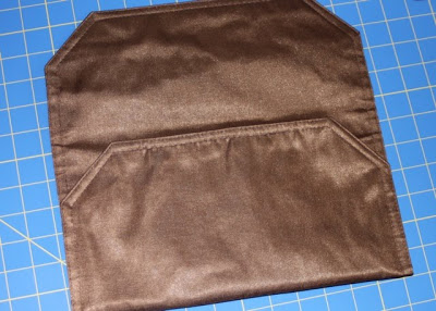 How to make a clutch from a placemat (tutorial) step 2 via lilblueboo.com