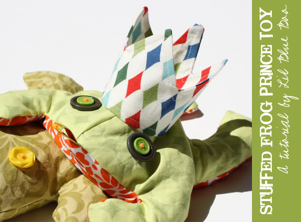 Stuffed Frog Beanbag Toy DIY Tutorial and Free Pattern Download via lilblueboo.com