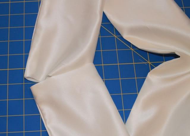Wedding Part I: The Ring Pillow step 4 via lilblueboo.com