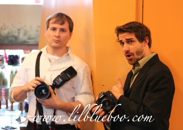 Wedding Part V: Preview photographers via lilblueboo.com