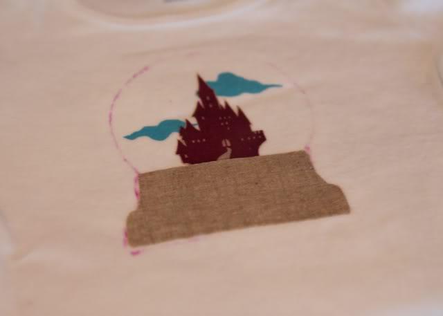 Snowglobe Shirt - Tutorial step 8 via lilblueboo.com