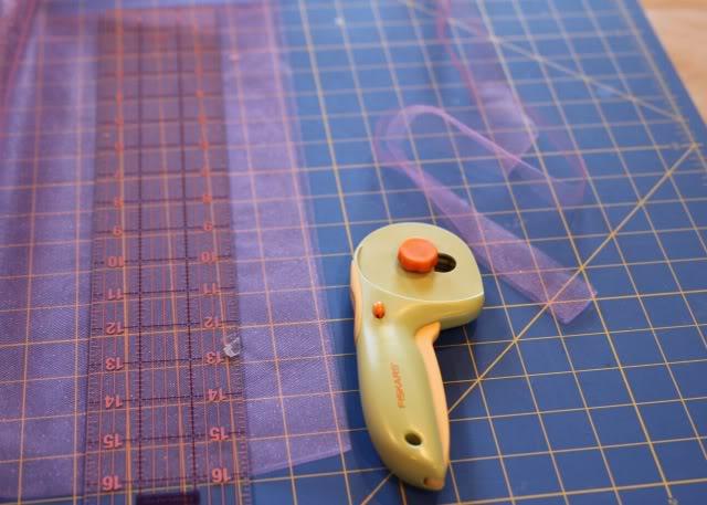 cupcake applique tutorial step 4 via lilblueboo.com
