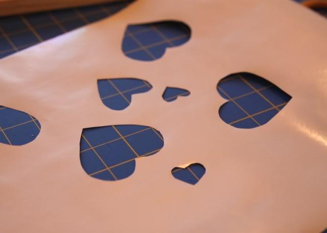 Screenprinting Techniques: Using Contact Paper (Tutorial) step 3 via lilblueboo.com