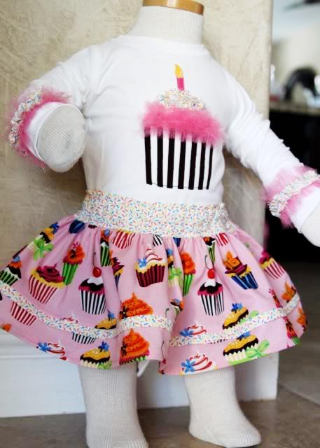 cupcake applique tutorial 2 via lilblueboo.com
