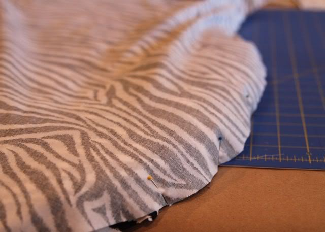 How to recover / reupholster a nursery rocker via lilblueboo.com