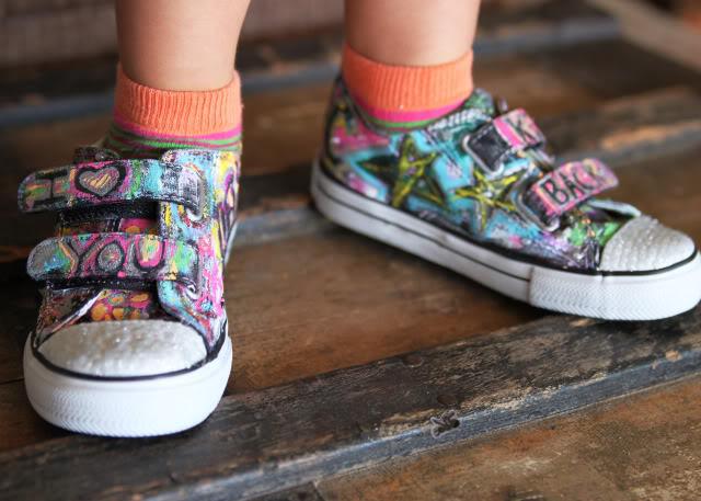 DIY Graffiti Shoes Tutoria- Shoe Makeover via lilblueboo.com