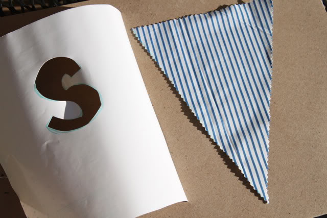 No Sew Bunting DIY Tutorial and Free Template Download via lilblueboo.com