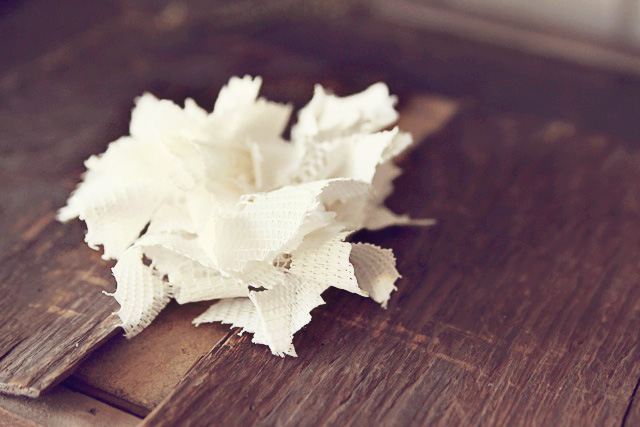 Make a vintage inspired hair clip using a dollar doily. DIY Tutorial via lilblueboo.com