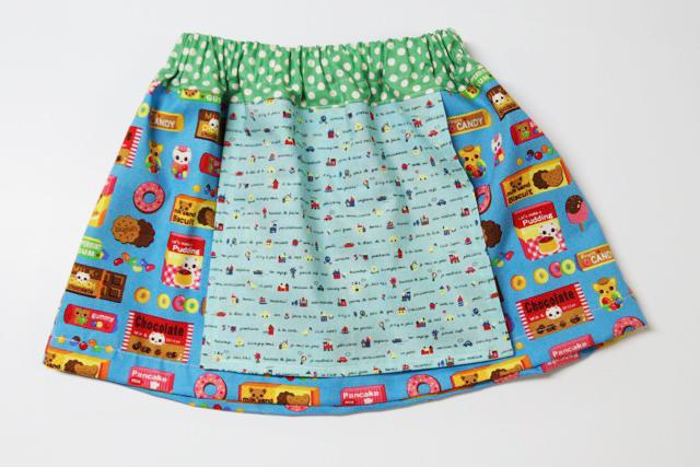 Apron skirt free pattern diy tutorial via lilblueboo.com