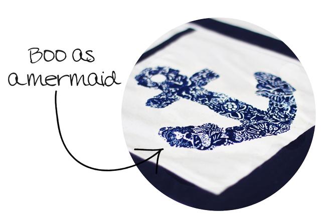 Easy painted monograms with freezer paper or as a silk screen. 2 DIY tutorials via lilblueboo.com