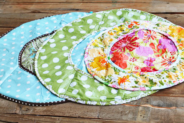 How to make a round diaper changer (or situpon) from a vinyl tablecloth (plus free pattern downloade) via lilblueboo.com