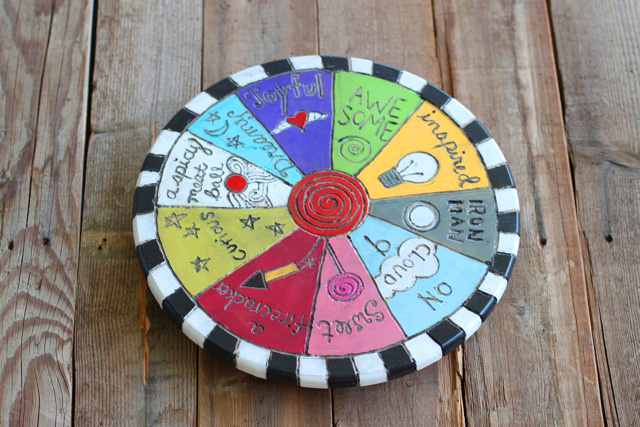 Spin-spiration DIY Folk Art using a Lazy Susan via lilblueboo.com