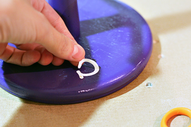 Peel off stickers = accessory holder via lilblueboo.com