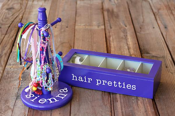 How to make a jewelry and hair accessory organizer via lilblueboo.com