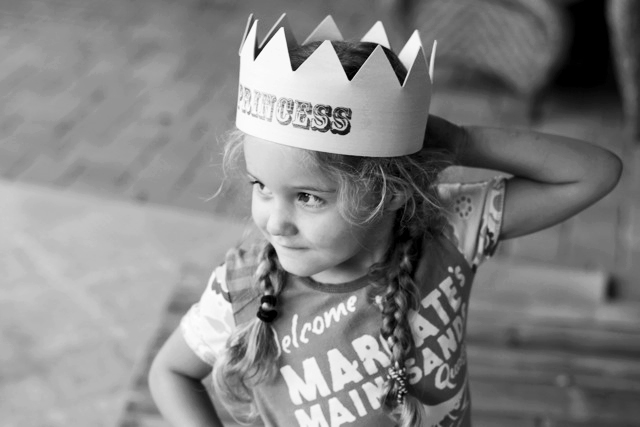 How to make a birthday crown final via lilblueboo.com