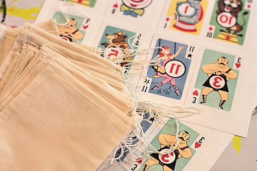 How to make favor bags with any image via lilblueboo.com
