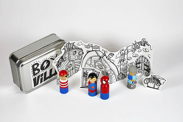 Handpainted superhero peg doll tutorial with free download via lilblueboo.com