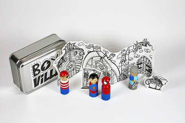 Handpainted superhero peg doll tutorial with free download via lilblueboo.com