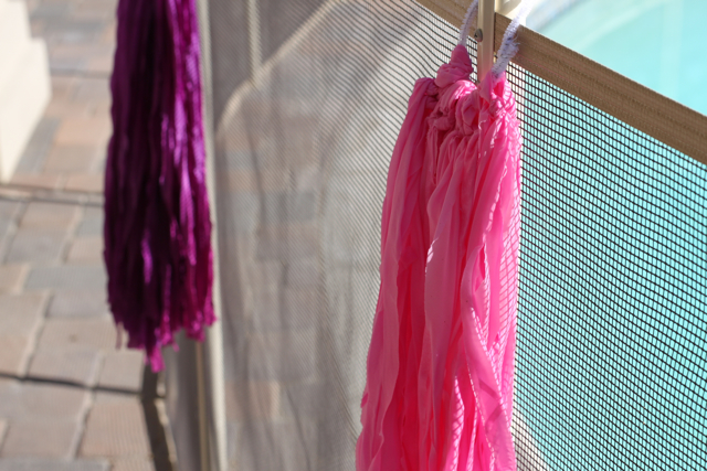 Drying Streamers via lilblueboo.com
