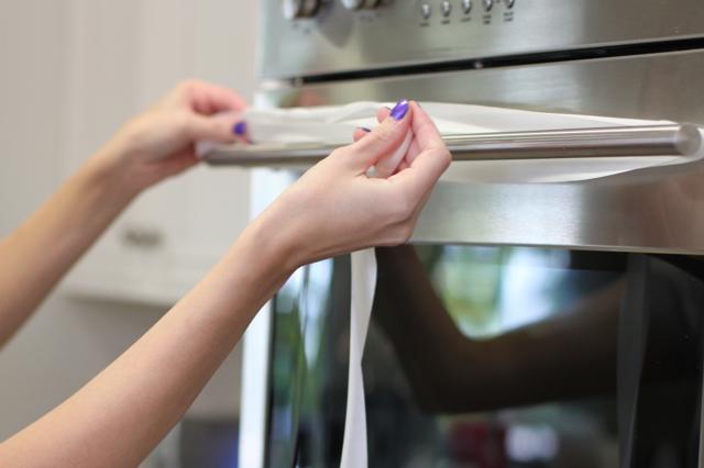 Wrapping Silk Ribbon via lilblueboo.com