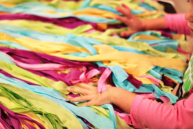 DIY: Ombre Fabric Backdrop - Wedding