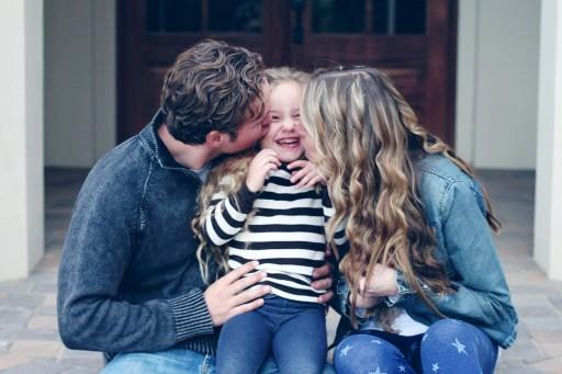 Family Photo - Choose Joy - Ashley Hackshaw