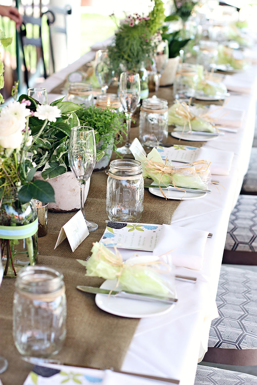 Table decor via lilblueboo.com