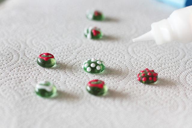Painted Glass Magnets Step 3 (A Tutorial) via lilblueboo.com